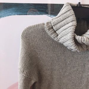 Turtle neck Knit Grey Sweater